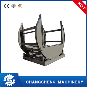Board overturning machine for plywood making